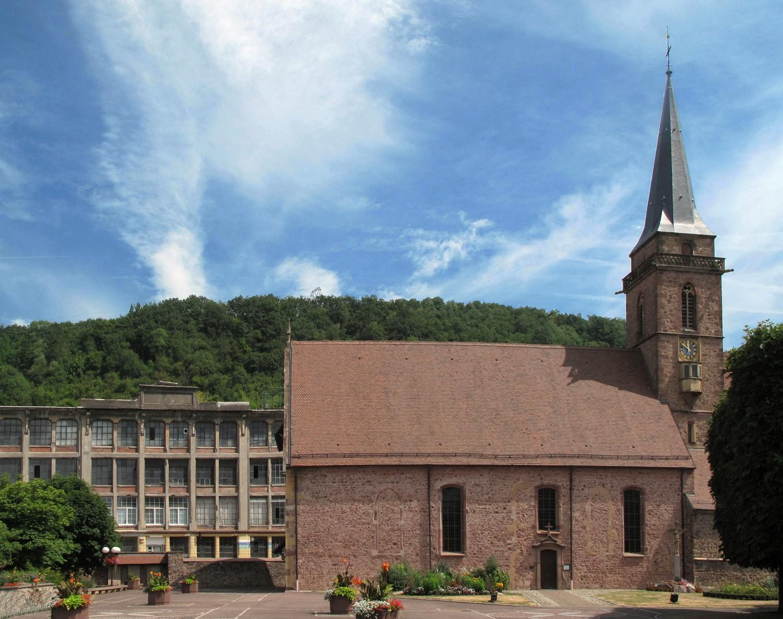 Église Saint-Dominique et site industriel à Vieux-Thann, vue actuelle. Auteur : Clémentine Albertoni, 2013 ( (c) DRAC Alsace)