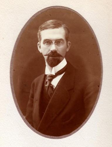Portrait de Robert Danis. Auteur : Gerschel, 1919 ? (Coll. Martin Danis, droits réservés)